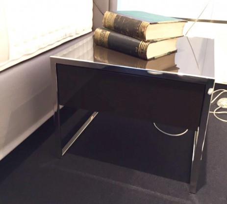 Nachttisch Smart von Yomei