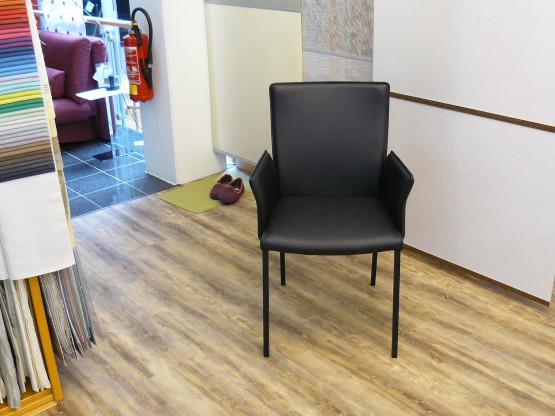Armlehnstühle in Leder schwarz