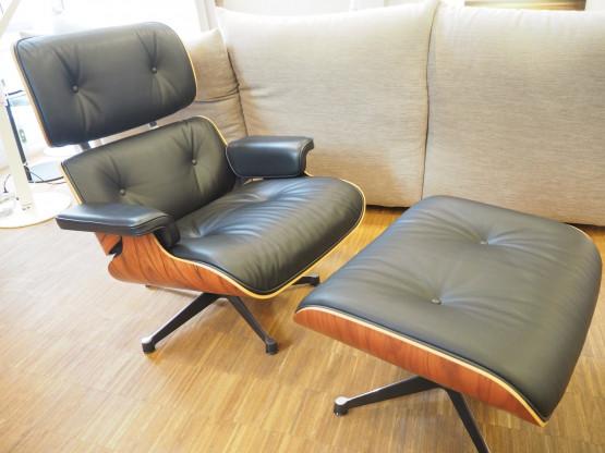 VITRA 1x Eames Lounge Chair & Ottoman Palisander L...