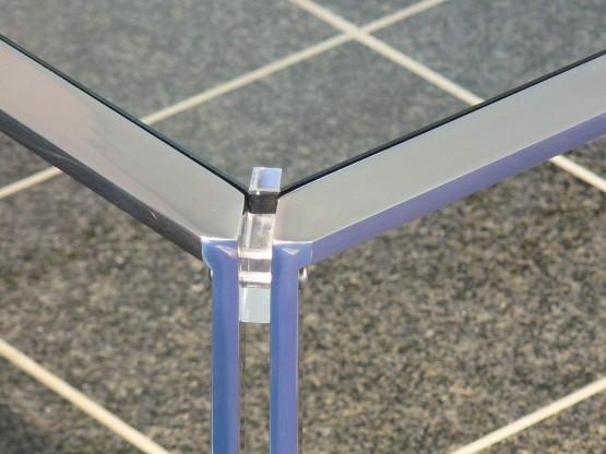 Couchtisch Filigrane Metall Glas Kombination