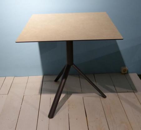 gartenst hle prato mit klapptisch trio von weish upl designerm bel k ln. Black Bedroom Furniture Sets. Home Design Ideas