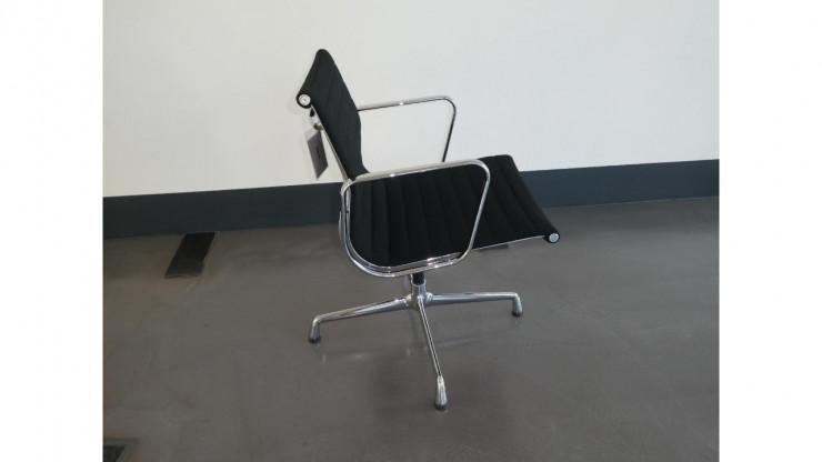 Chair Chair Chair HerstellerVitraStuhlAluminium Ea 108 HerstellerVitraStuhlAluminium HerstellerVitraStuhlAluminium 108 108 Ea Ea thdxrQCs