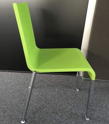 Hersteller Vitra; Stuhl .03 ;  Farbe: grün