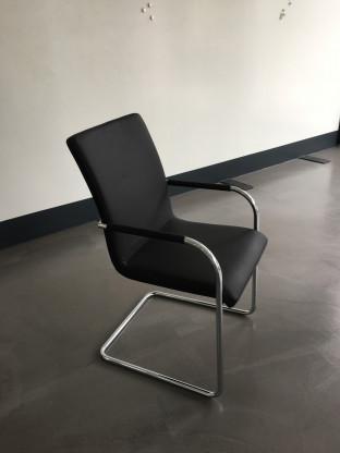 Hersteller: Thonet; Stuhl: S 56 PVF; Material: Led...