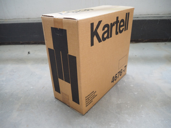 KARTELL Magazine Rack transparent - NEUWARE!