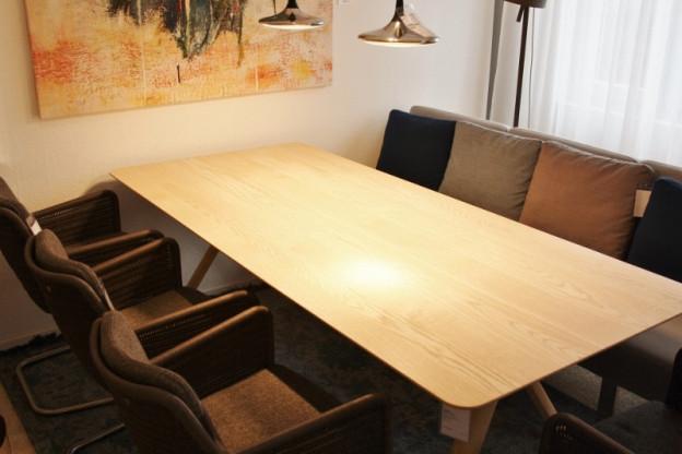 Bugholz Tisch