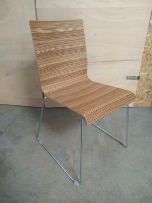 JAN KURTZ Stuhl Kuadra Holz - Einzelstück