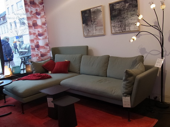 """Couch mit Chaise longue """"Suita"""" von VITRA"""