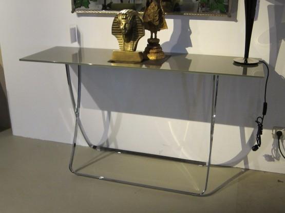 Konsole Cross, Glas beigegrau von Bielefelder Werkstätten