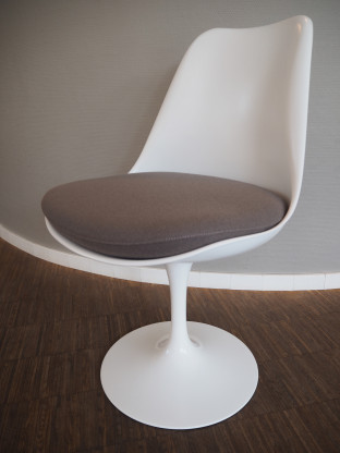 KNOLL Stuhl Tulip Chair weiß drehbar - wie neu