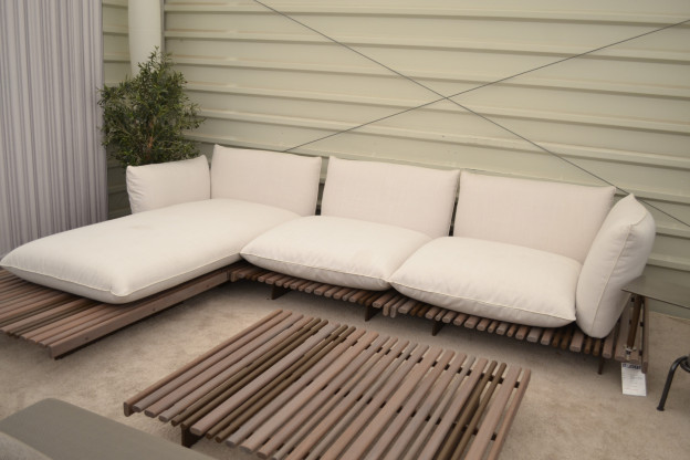 Garten Ecksofa Apsara Giorgetti Weiß Stoff Holz Aluminium