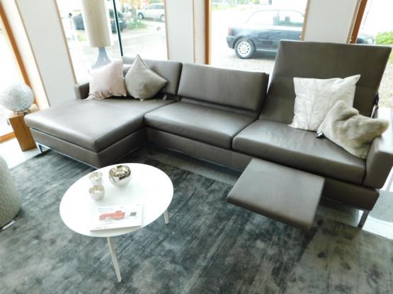 Brühl Sofa Tomo in Leder | Designermöbel Hohentengen