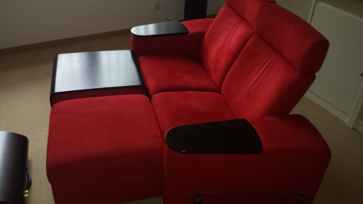 2 sitziges Designersofa mit Relaxfunktion