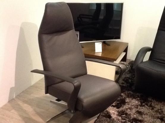 Bolero TV Chair