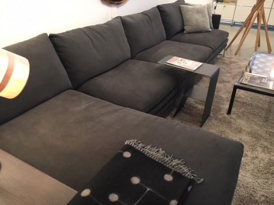 Sofaanlage mit Fußteil, links