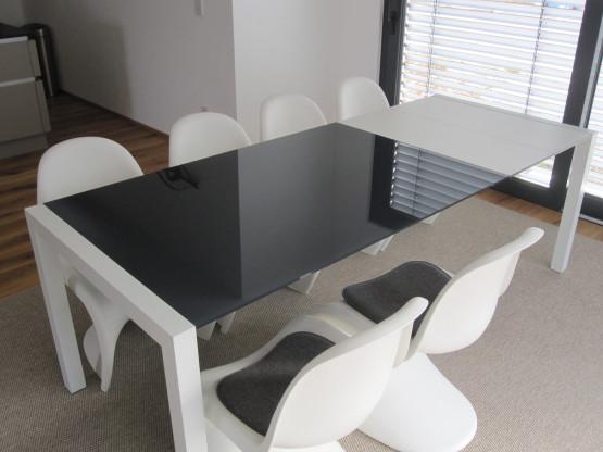 glas-esstisch anthrazitgrau/weiß von kristalia | designermöbel, Esstisch ideennn