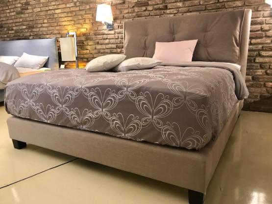 Treca Bett mit durchgehender Matratze und Schonerk...