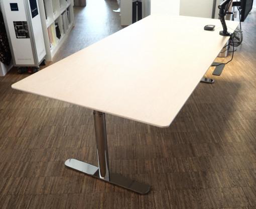 MONTANA Schreibtisch HiLow 220x100cm
