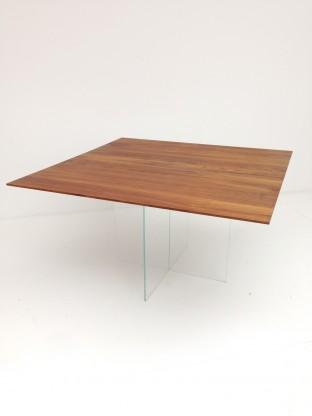 [more] Fly Tisch Nussbaum quadratisch