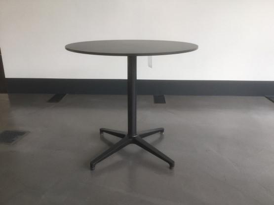Hersteller: Vitra;  Bistro Table  ( outdoor geeignet ); dark