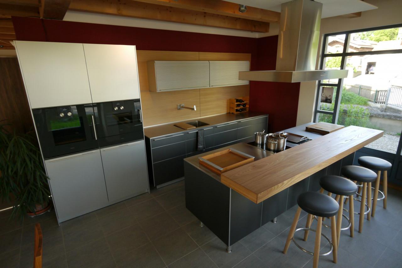 abverkaufsk chen bulthaup. Black Bedroom Furniture Sets. Home Design Ideas