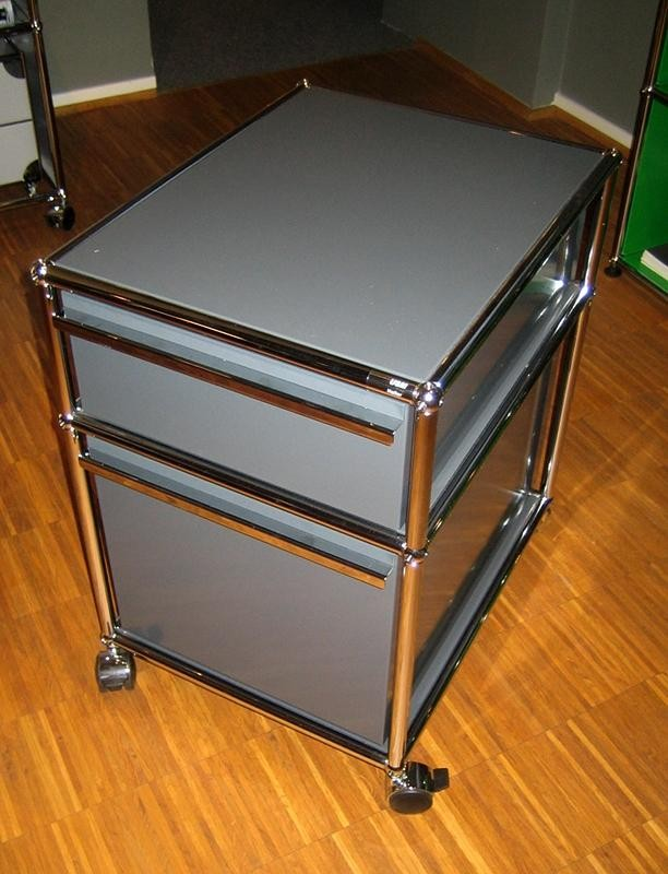 usm haller rollcontainer designerm bel ratingen. Black Bedroom Furniture Sets. Home Design Ideas