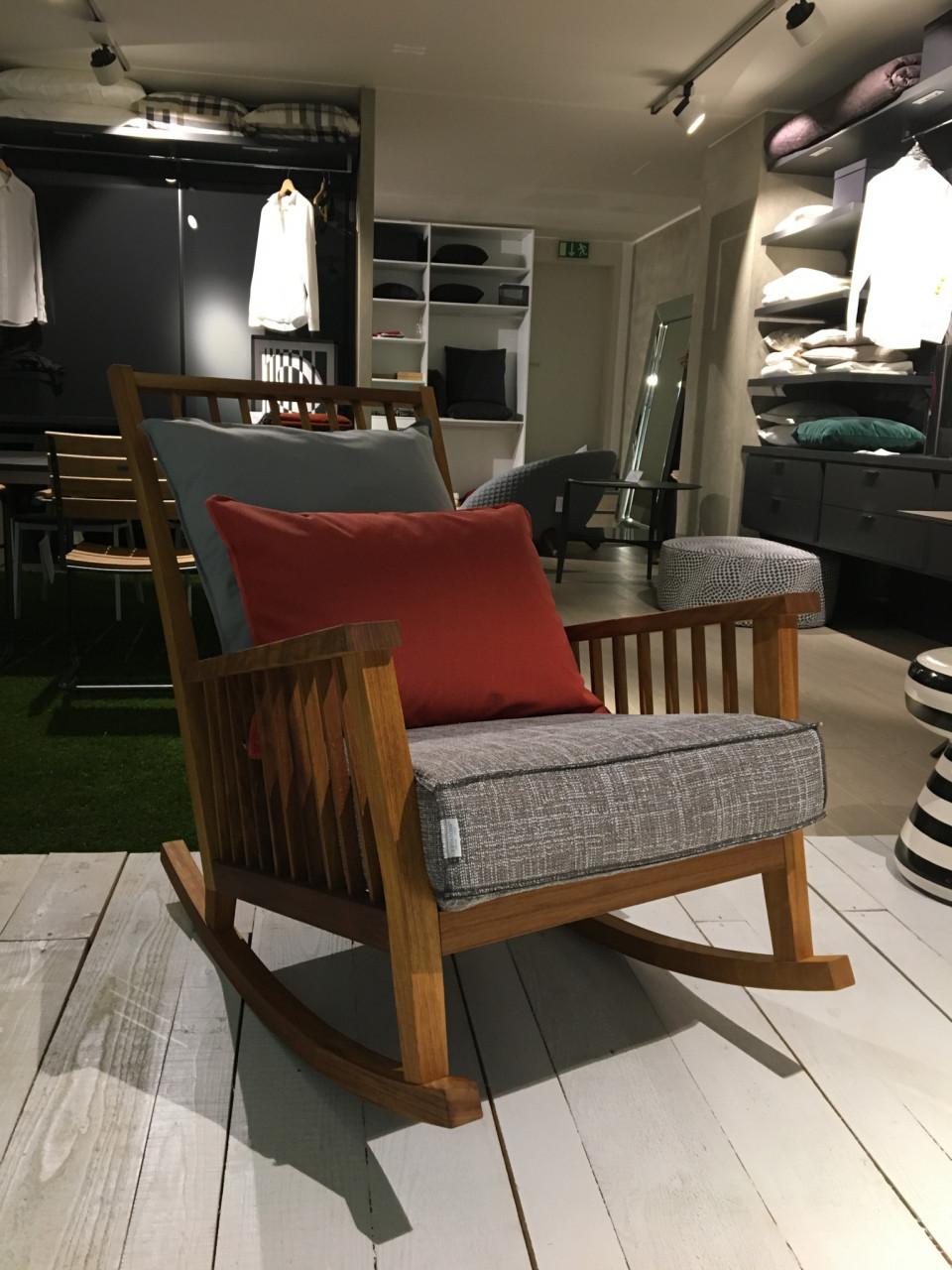 schaukelstuhl inout 709 ir designerm bel k ln. Black Bedroom Furniture Sets. Home Design Ideas