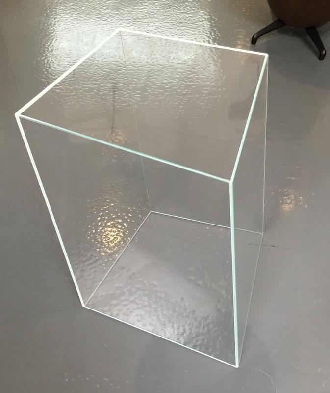 beistelltisch wireframe von glas italia designerm bel k ln. Black Bedroom Furniture Sets. Home Design Ideas