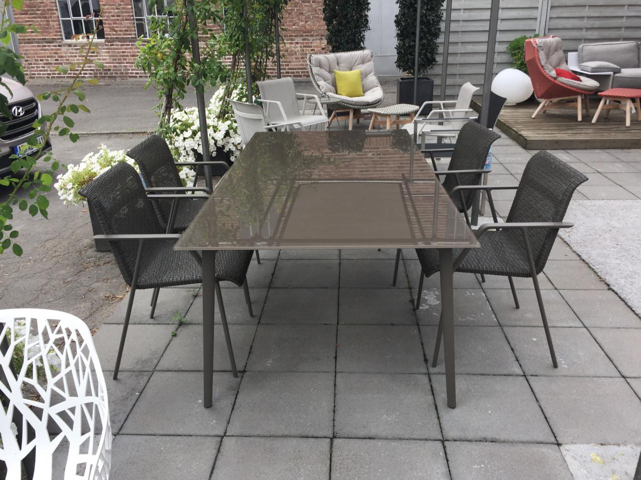 Exklusive Outdoor Mobel Von Dedon Der Gartenmobel Sale Ist