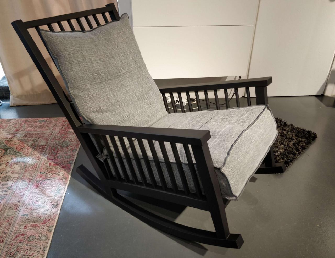 Schaukelstuhl Grey 09  von Gervasoni | Designermöbel Köln