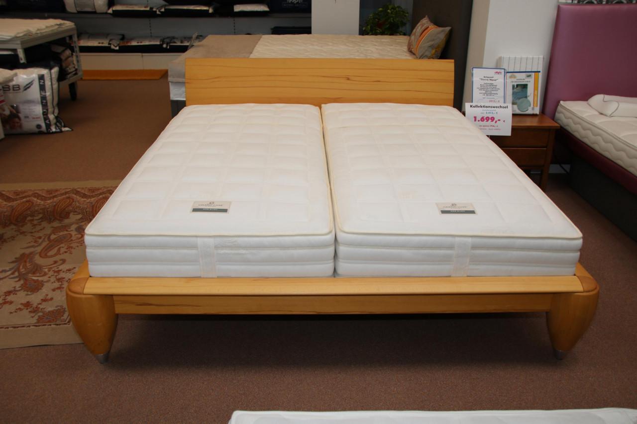massivholz bettgestell designerm bel m lheim k rlich. Black Bedroom Furniture Sets. Home Design Ideas