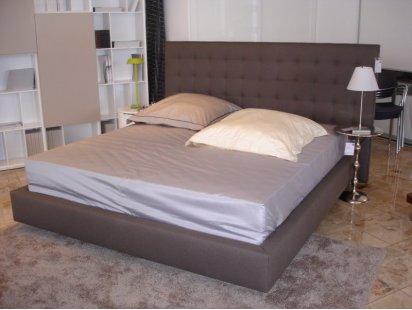 nador bett von ligne roset designerm bel bad hersfeld. Black Bedroom Furniture Sets. Home Design Ideas