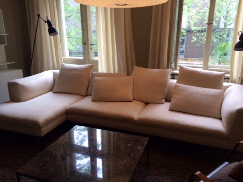 sofa von b b italia designerm bel berlin. Black Bedroom Furniture Sets. Home Design Ideas
